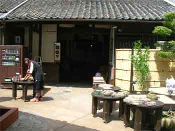 image_hyakunenkura03.jpg