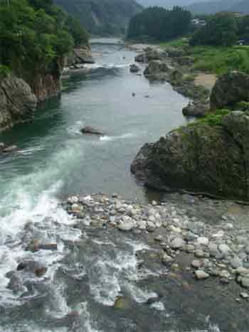 image_river.jpg